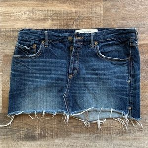 A&F Women denim jean skirt Size 8 Waist 29